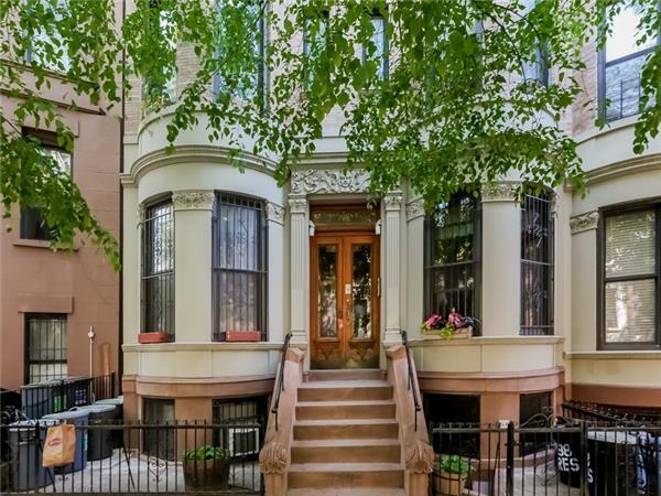 sold property at 798 President Street , Apt 4R