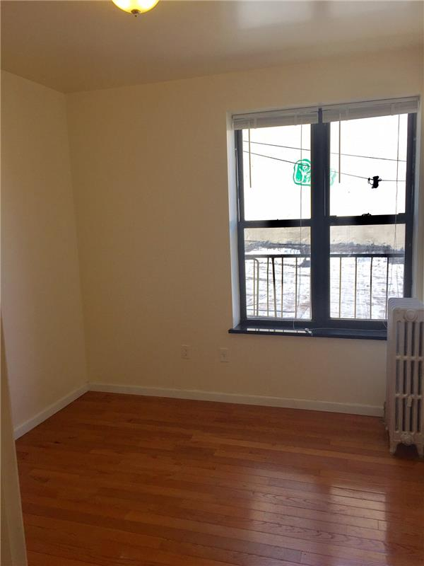 Additional photo for property listing at 87 Graham Avenue  Brooklyn, New York 11206 United States