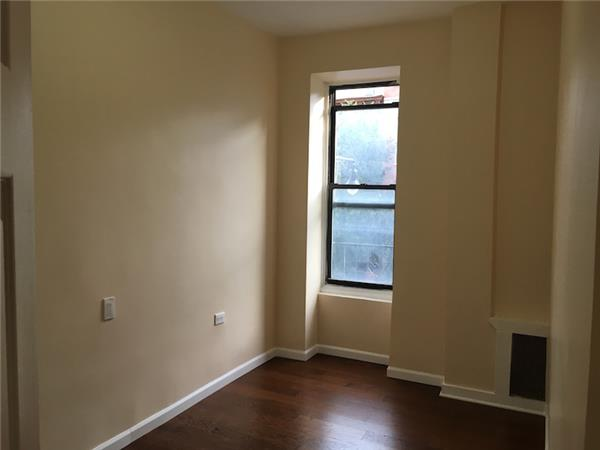 Additional photo for property listing at 329 East 116 street East Harlem Gem. 329 East 116 street East Harlem Gem. New York, New York 10029 United States