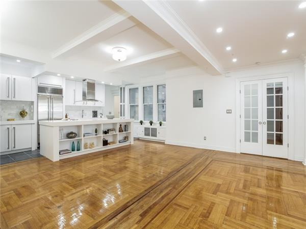 Additional photo for property listing at Classic Seven at the Capley Plaza!  Brooklyn, Nueva York 11238 Estados Unidos