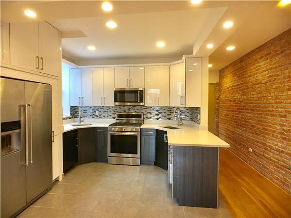 独户住宅 为 出租 在 1240 East 7th Street 布鲁克林, 纽约州 11230 美国