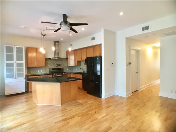 Condominium for Rent at 317 South 4th Street 317 South 4th Street Brooklyn, New York 11211 United States