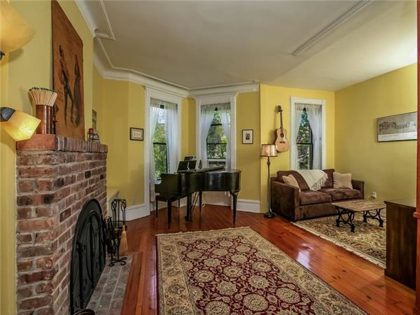 Additional photo for property listing at 678 Carroll Street  Brooklyn, New York 11215 United States