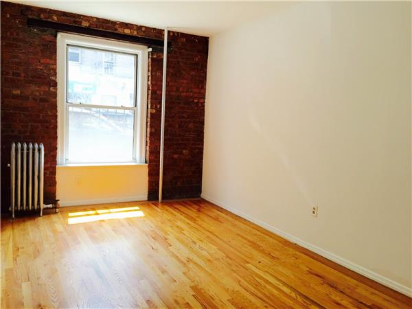 Casa Unifamiliar por un Alquiler en Prime center Slope renovated 2 bedroom with private yard! Brooklyn, Nueva York 11215 Estados Unidos