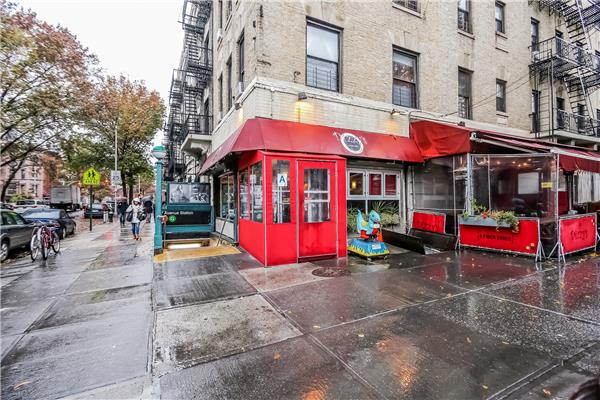 Additional photo for property listing at 815 8th Avenue 815 8th Avenue Brooklyn, Nueva York 11215 Estados Unidos