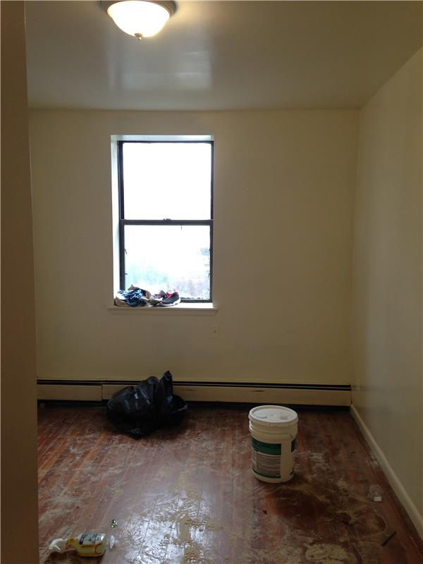 Additional photo for property listing at 36-26 Greenpoint Avenue  Long Island City, New York 11101 United States