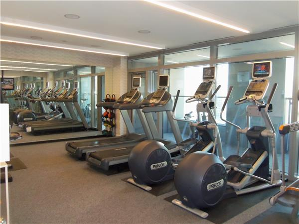 Additional photo for property listing at W-Downtown-Hotel-Residences-NO-FEE  New York, Nueva York 10006 Estados Unidos