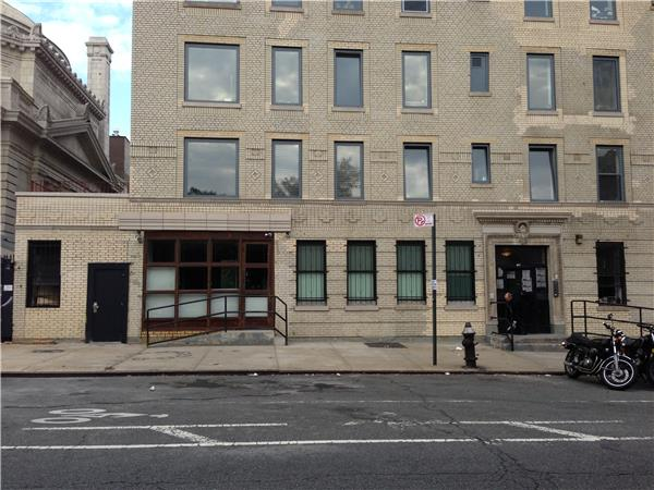 Additional photo for property listing at 180 South 4th Street  Brooklyn, Nueva York 11211 Estados Unidos