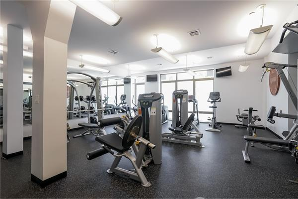 Additional photo for property listing at 200 16th Street, Apt 3A 200 16th Street, Apt 3A Brooklyn, New York 11215 United States