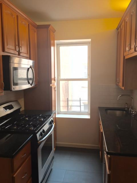 Single Family Home for Rent at Three Bedroom Apt in Park Slope nr Prospect Pk and Transportation Brooklyn, New York 11215 United States
