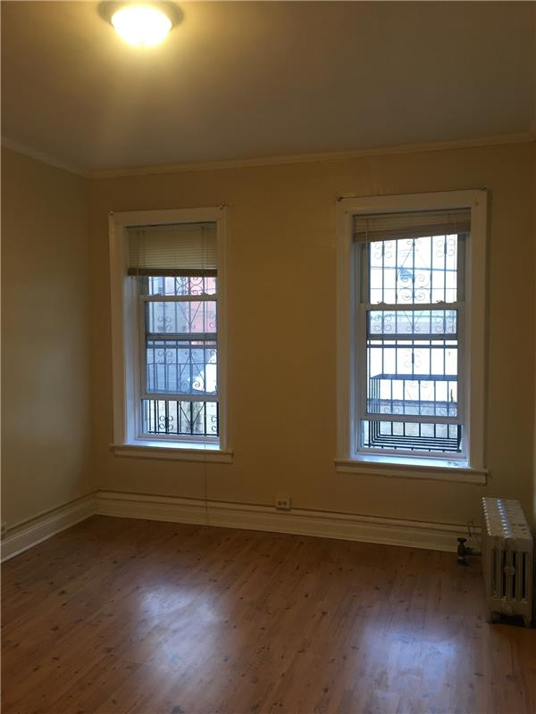 Additional photo for property listing at 129 East 52nd Street Apt #1  Brooklyn, New York 11203 United States