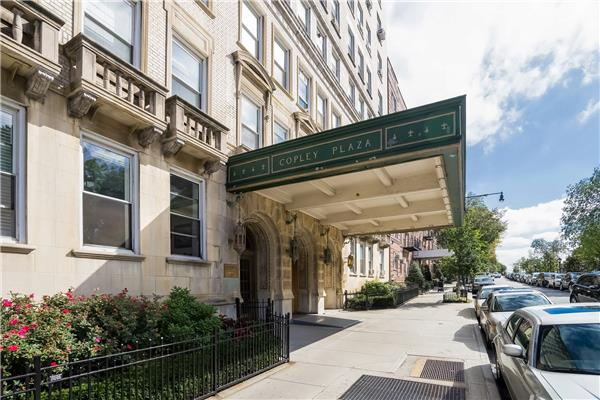 Additional photo for property listing at 41 Eastern Parkway  Brooklyn, New York 11238 United States
