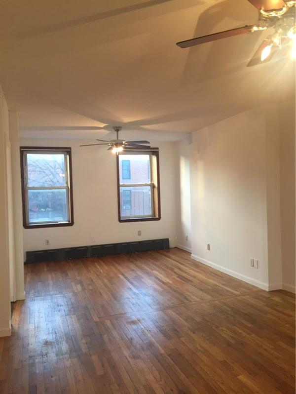 Single Family Home for Rent at Very Spacious 1 Bedroom apt w/ Jacuzzi in Prime Carroll Gardems! Brooklyn, New York 11231 United States