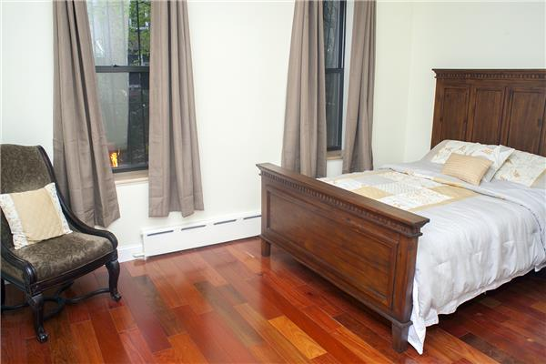 Additional photo for property listing at 731 MacDonough Street, Brooklyn, NY (furnished apartment) 731 MacDonough Street, Brooklyn, NY (furnished apartment) Brooklyn, New York 11233 United States