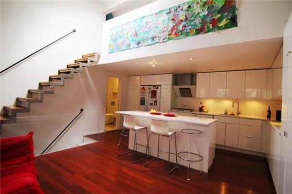 Additional photo for property listing at 214 Ave A, Apt 2  纽约, 纽约州 10009 美国