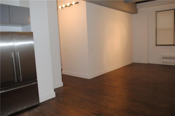 Additional photo for property listing at Clinton Hill Loft NO FEE and 1 Month FREE  Brooklyn, Nueva York 11238 Estados Unidos