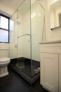 Additional photo for property listing at 410 Eastern Parkway  Brooklyn, Nueva York 11225 Estados Unidos