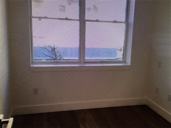 Additional photo for property listing at 87 Montrose Avenue  Brooklyn, New York 11206 United States