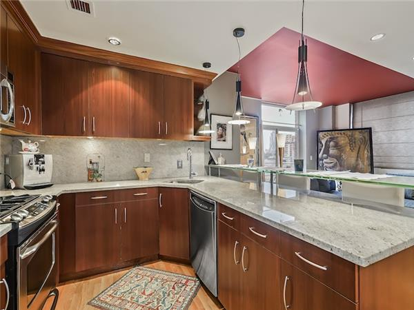 Additional photo for property listing at 556 State Street 7F  Brooklyn, Nueva York 11217 Estados Unidos