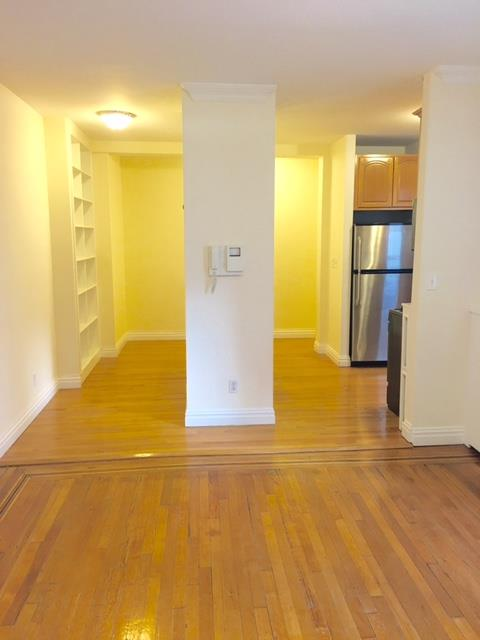 Additional photo for property listing at Two Bedroom Apt in PK Slope near Prospect Park and Transportation  Brooklyn, Nueva York 11215 Estados Unidos