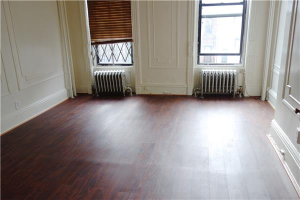 Additional photo for property listing at 178 Vernon Avenue, Bedford Stuyvesant  Brooklyn, New York 11206 United States