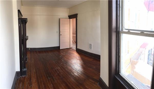 Additional photo for property listing at 162 Moffat Street #2  布鲁克林, 纽约州 11207 美国