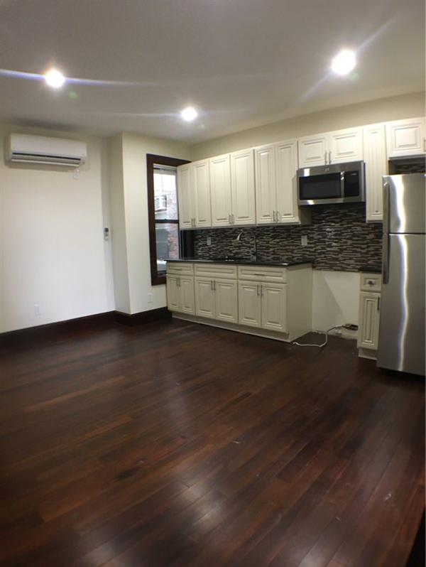 Additional photo for property listing at No Fee Brand New 2 Queen Bedroom in Bushwhick  Brooklyn, New York 11207 United States