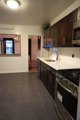 Additional photo for property listing at 661 Putnam Ave Brownstone 1.5 Bedroom  Brooklyn, Nueva York 11221 Estados Unidos