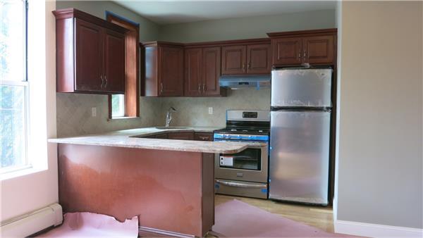 独户住宅 为 出租 在 1410 Jefferson Avenue, Brooklyn, New York 布鲁克林, 纽约州 11237 美国