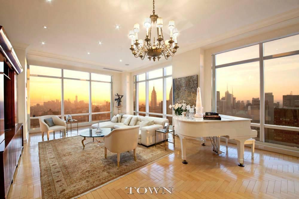 Condominium for Rent at Trump World Tower, 845 United Nations Plaza, #78-C 845 United Nations Plaza New York, New York 10017 United States