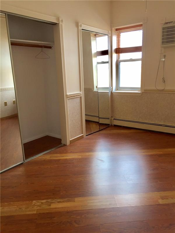 Additional photo for property listing at 191 Devoe St, #2, Brooklyn, NY  Brooklyn, New York 11211 United States