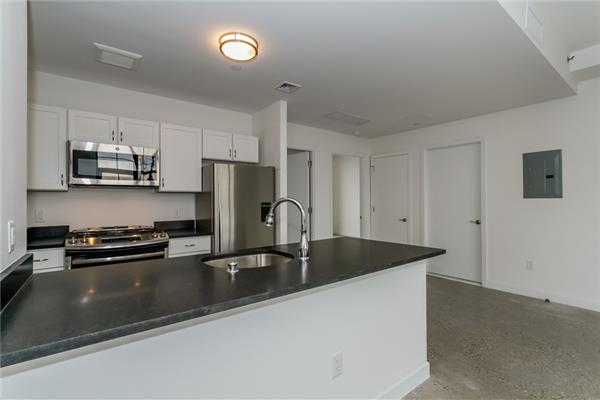 Additional photo for property listing at 23 Bleecker Street Bushwick 1 Bedroom  Brooklyn, New York 11221 United States