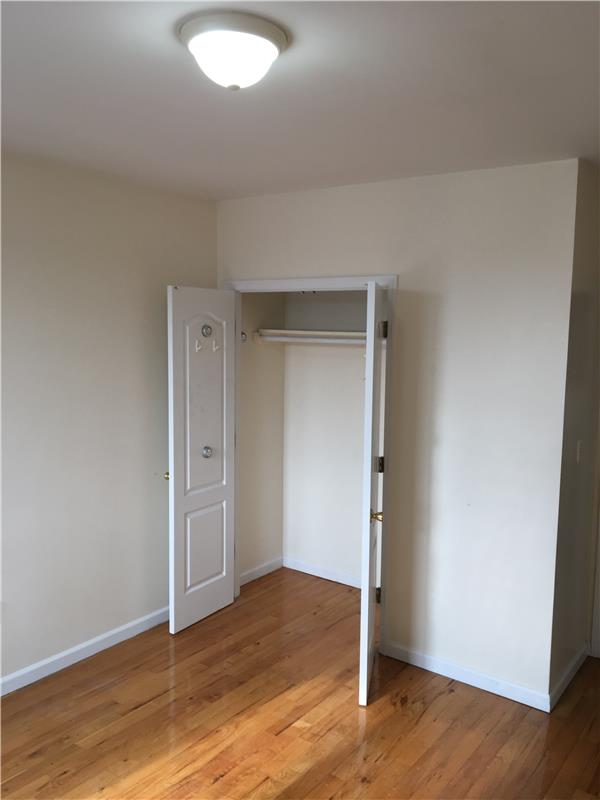 Additional photo for property listing at 257 15th Street  Brooklyn, New York 11215 United States