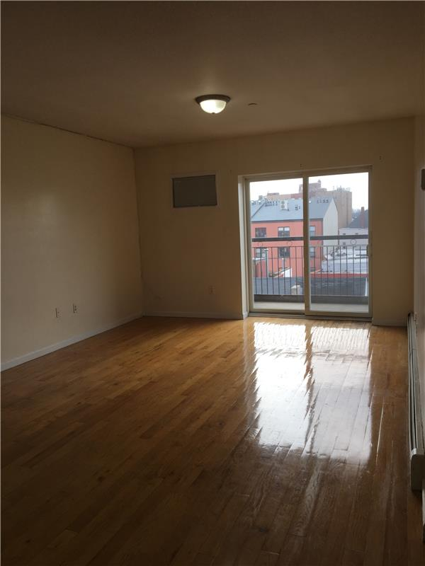Additional photo for property listing at 257 15th Street  Brooklyn, Nueva York 11215 Estados Unidos