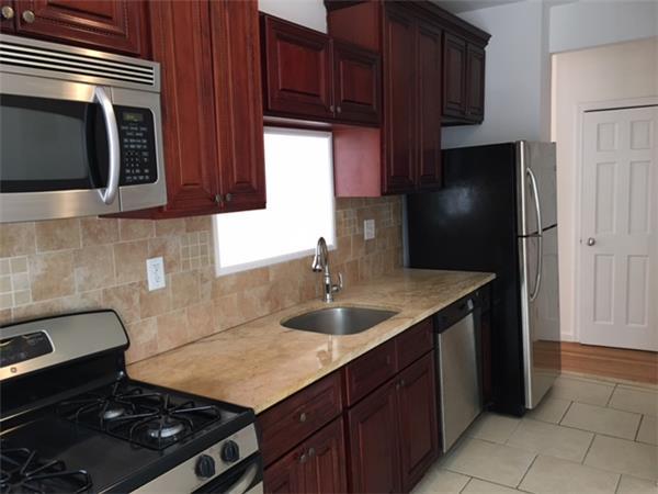独户住宅 为 出租 在 723 8th Avenue 布鲁克林, 纽约州 11215 美国