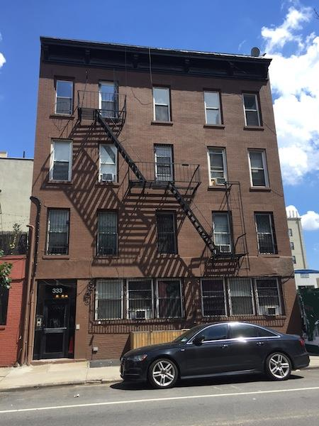 Additional photo for property listing at 333 Berry St #3 Brooklyn NY  Brooklyn, New York 11249 United States