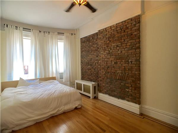 Additional photo for property listing at 30 Montgomery Place  Brooklyn, Nueva York 11215 Estados Unidos