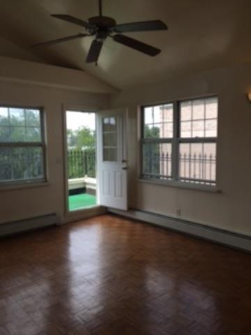 Additional photo for property listing at 25-66 12 St. PH1  Queens, 纽约州 11102 美国