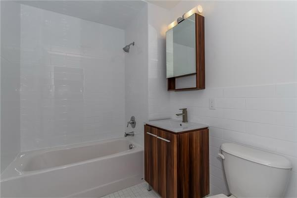 Additional photo for property listing at 23 Bleecker Street Bushwick 1 Bedroom  布鲁克林, 纽约州 11221 美国