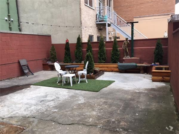 Additional photo for property listing at Union Plaza 3 bedroom Union Plaza 3 bedroom Brooklyn, New York 11211 United States