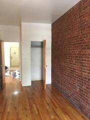 Additional photo for property listing at 504 74 Street 504 74 Street Brooklyn, Nueva York 11209 Estados Unidos