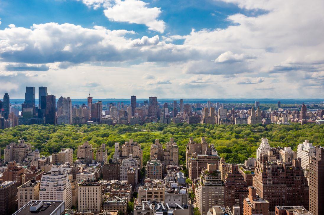 Condominio por un Alquiler en Trump Palace, 200 East 69th Street, #Ph-F 200 East 69th Street New York, Nueva York 10021 Estados Unidos
