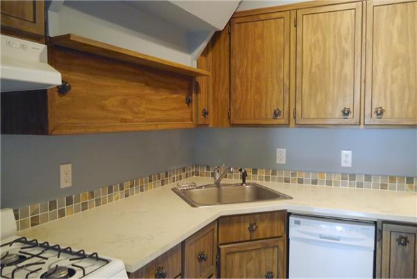 Additional photo for property listing at 238 St. Johns Pl., spacious 1 bedroom  Brooklyn, New York 11217 United States