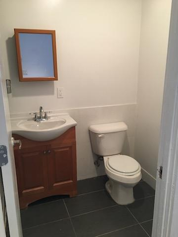 Additional photo for property listing at 370 South 4th Street #305 Studio 370 South 4th Street #305 Studio Brooklyn, New York 11211 United States