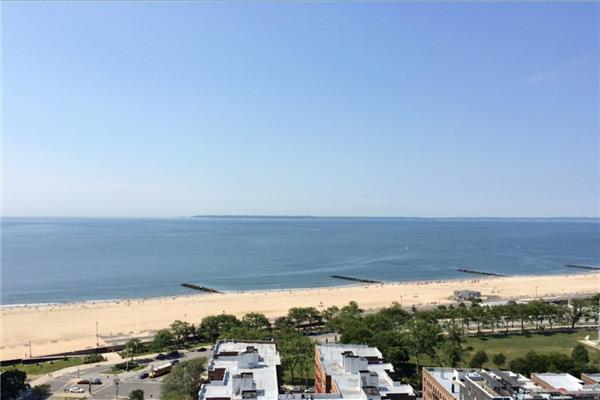 Single Family Home for Rent at Spacious Studio in Brighton Beach with Amenities Spacious Studio in Brighton Beach with Amenities Brooklyn, New York 11235 United States