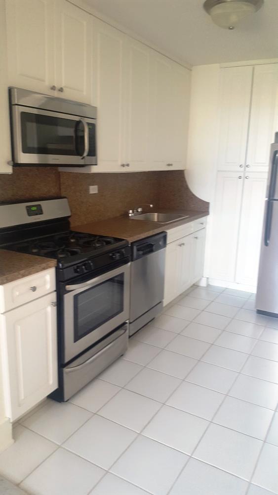 Additional photo for property listing at Spacious Studio in Brighton Beach with Amenities  Brooklyn, Nueva York 11235 Estados Unidos