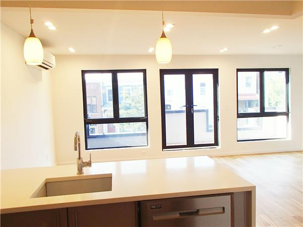 Additional photo for property listing at 546 Lafayette Avenue unit #2  Brooklyn, New York 11205 United States