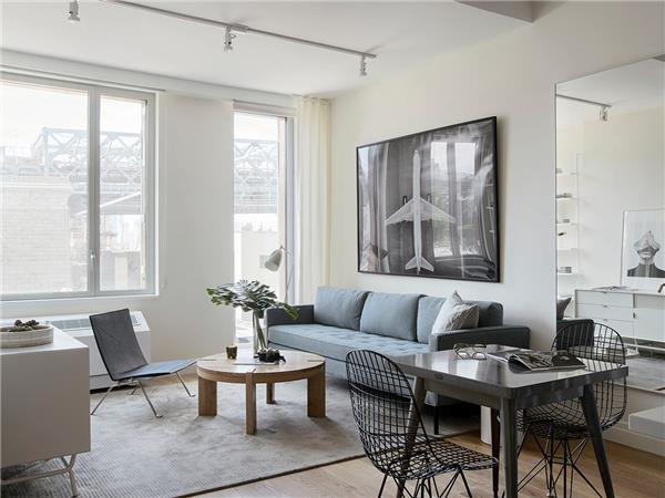 Additional photo for property listing at 325 Kent Avenue 325 Kent Avenue Brooklyn, New York 11249 United States