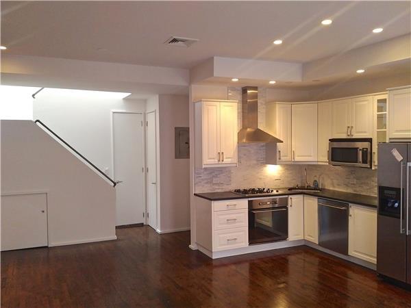 共管式独立产权公寓 为 出租 在 560 State Street, 9C BK NY 布鲁克林, 纽约州 11217 美国
