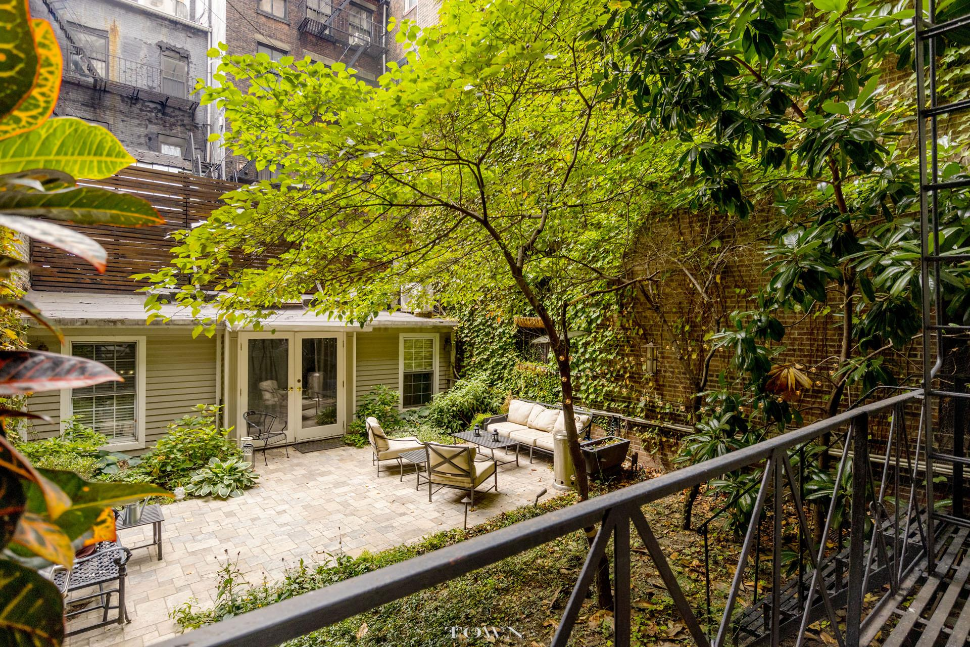 Townhouse for Sale at 28 East 21st Street, #2-Flr 28 East 21st Street New York, New York 10010 United States